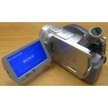 Sony DCR-DVD505E в Новочебоксарске, видеокамера Sony DCR-DVD505E (Новочебоксарск)
